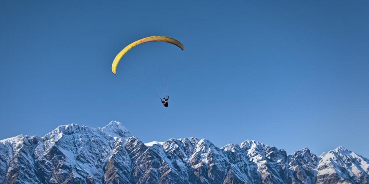 Quelle est la différence entre un saut et un vol en parapente ?